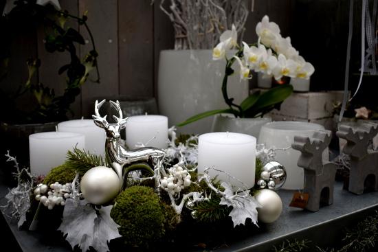 mit blumen stricker in die adventszeit starten. Black Bedroom Furniture Sets. Home Design Ideas